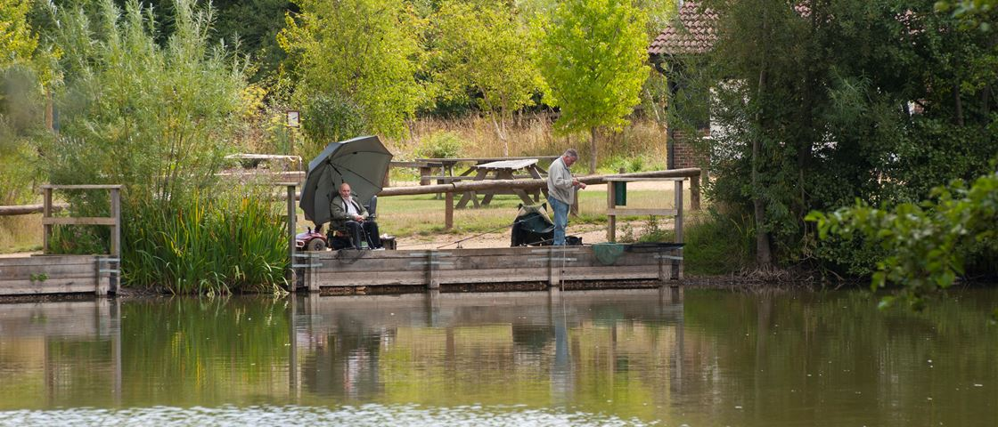 lakeside country park eastleigh hampshire