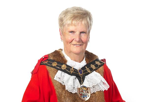 Mayor 2017/18 - Maureen Sollitt.jpg
